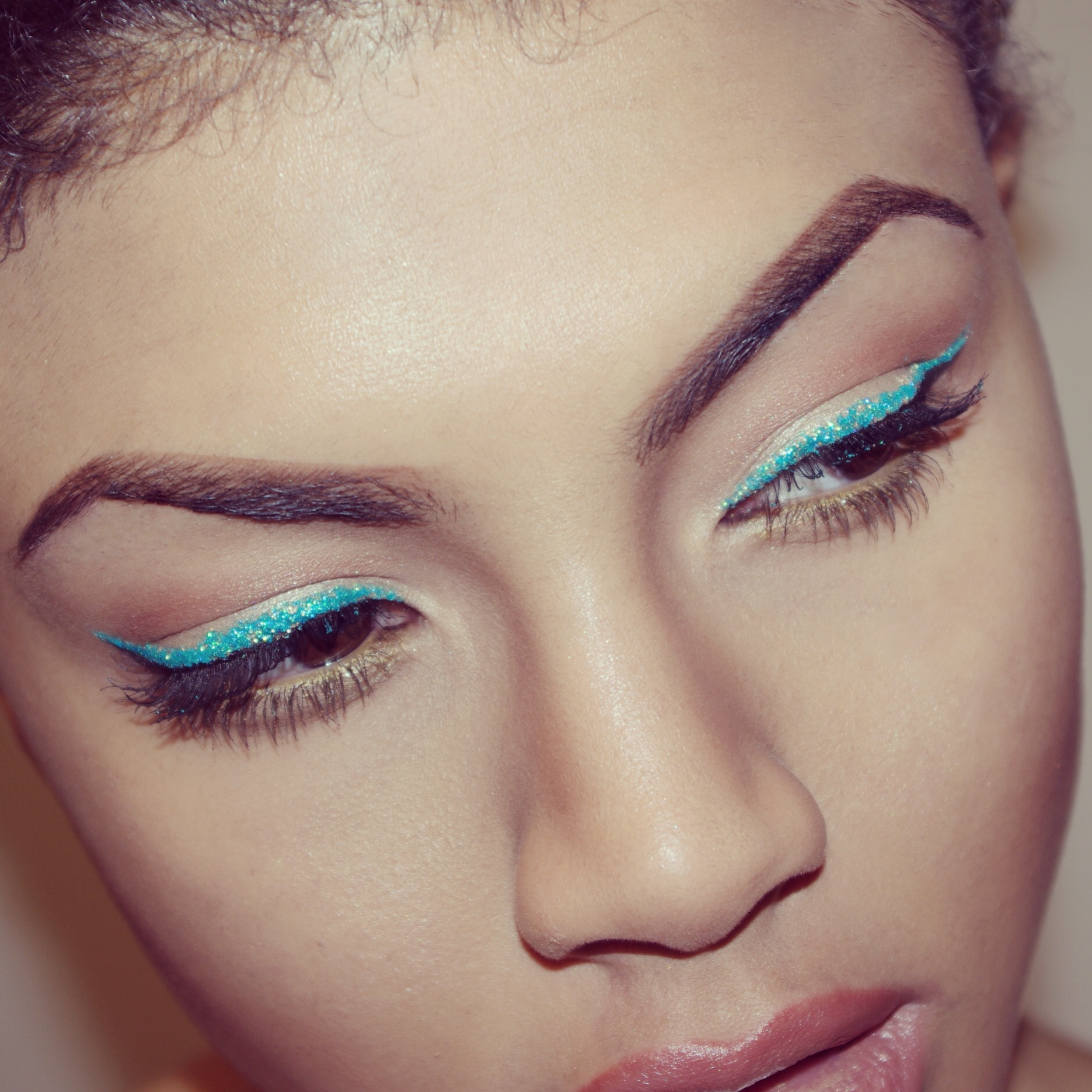 Collection Glam Crystals Dazzling Gel Liner Pizzazz Samio Makeup Tutorial