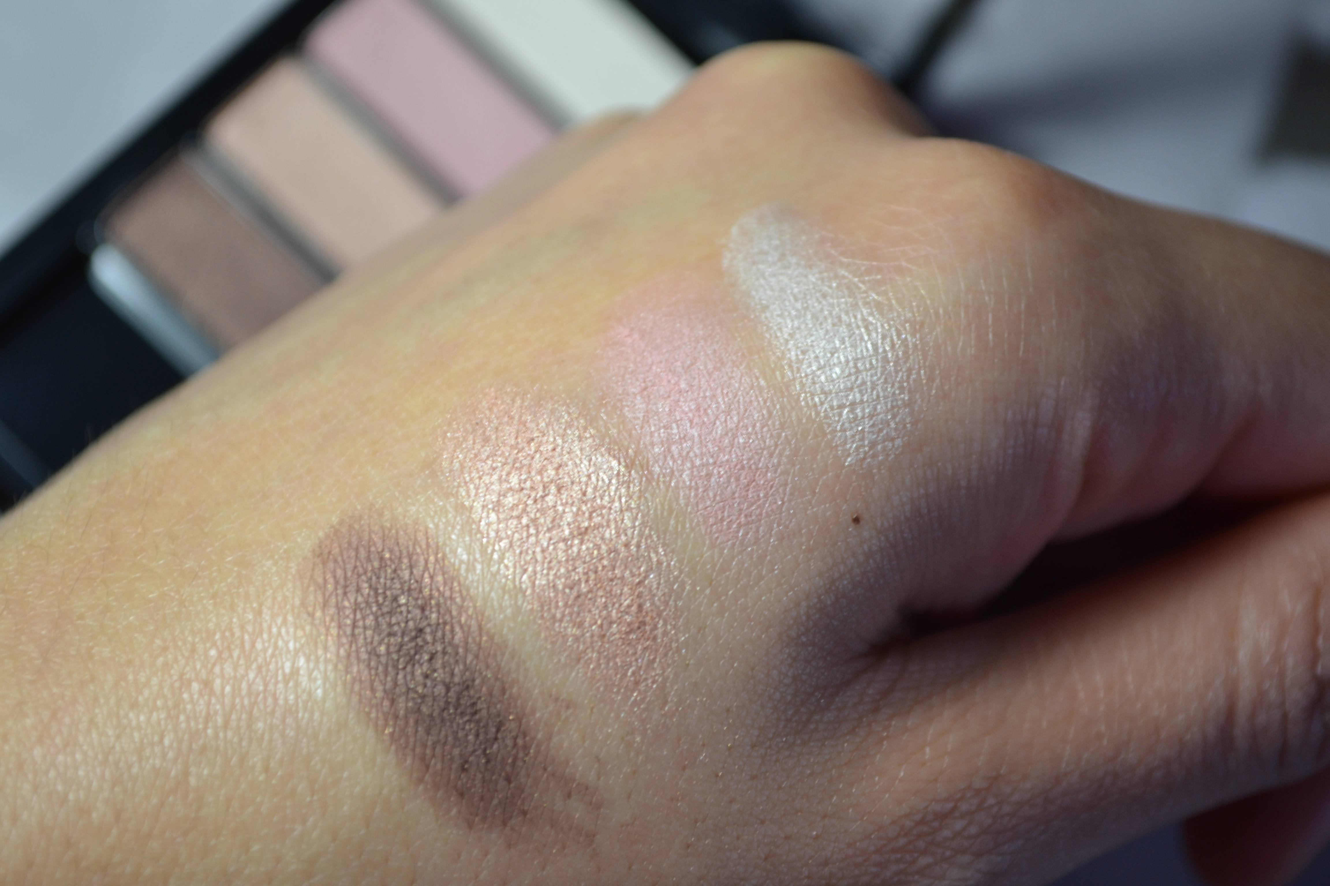 H&M Eyeshadow palette review