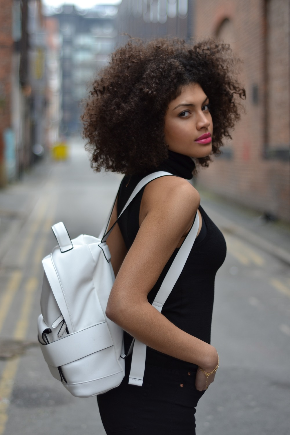 Zara White Backpack with straps