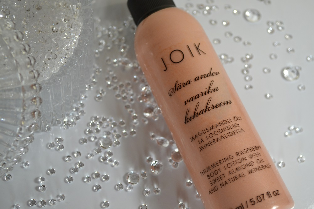 JOIK Shimmering raspberry body lotion with sweet almond oil