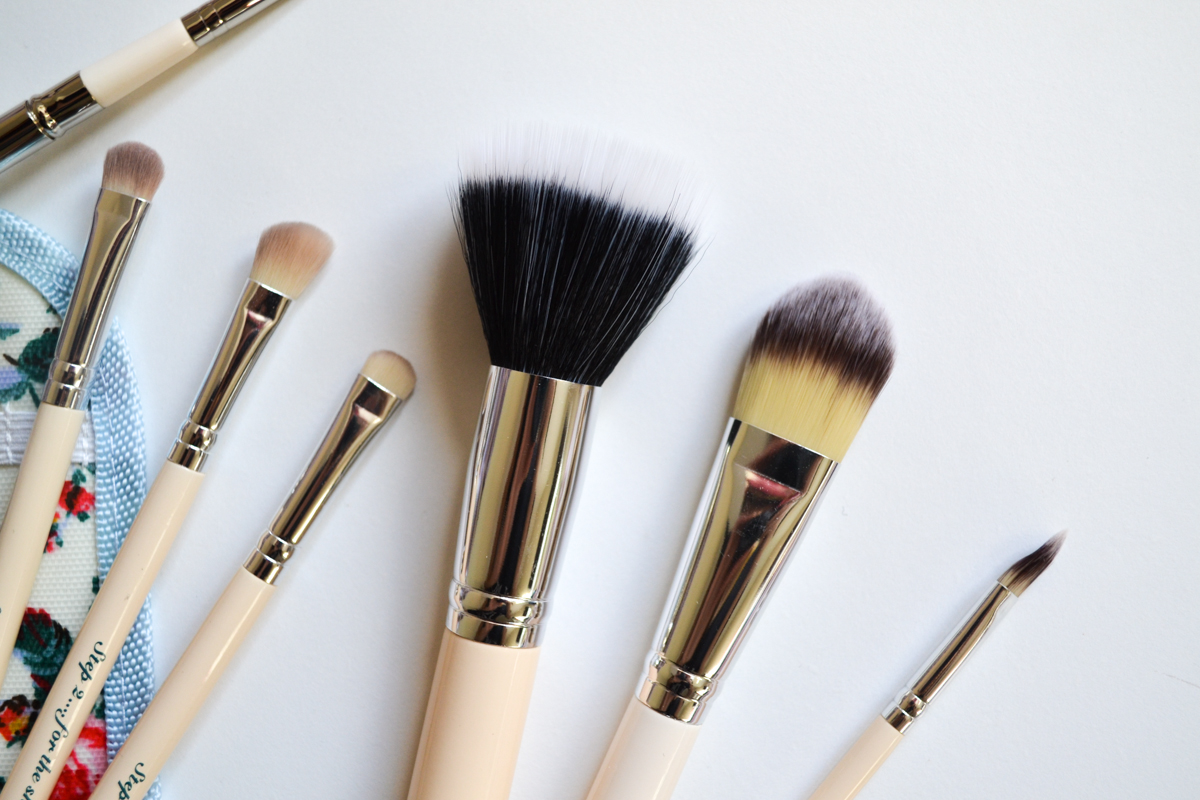The Vintage Cosmetic Company Makeup Brushes