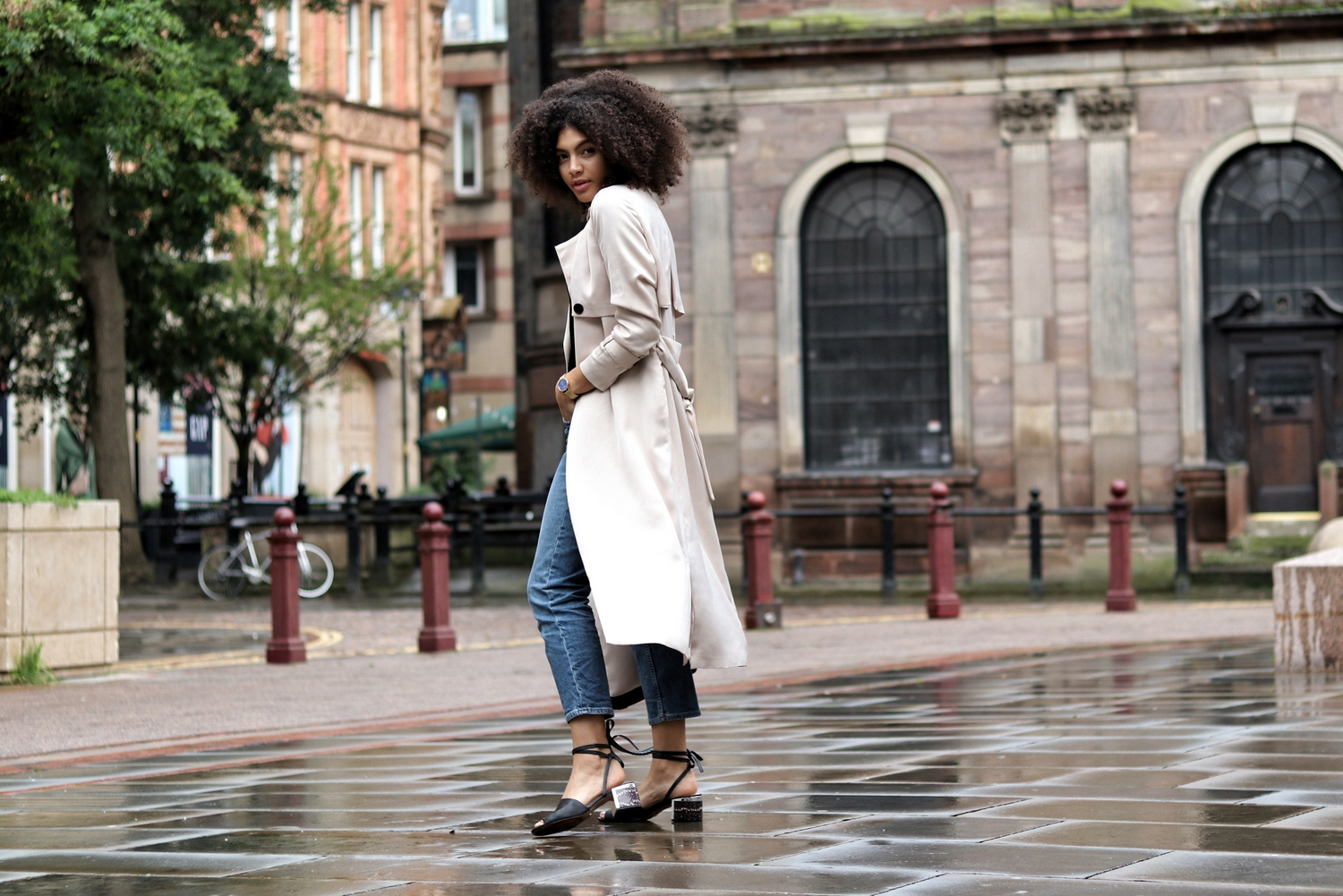 Satin Trench Coat and Denim Jeans Samio