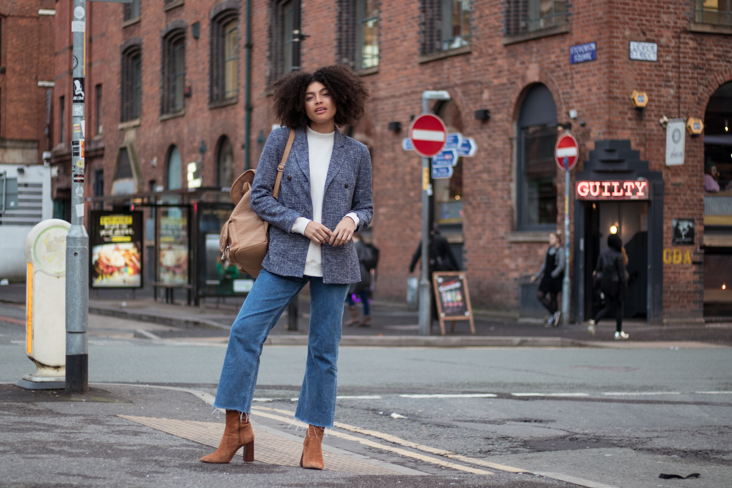 How to style wear cropped denim flares