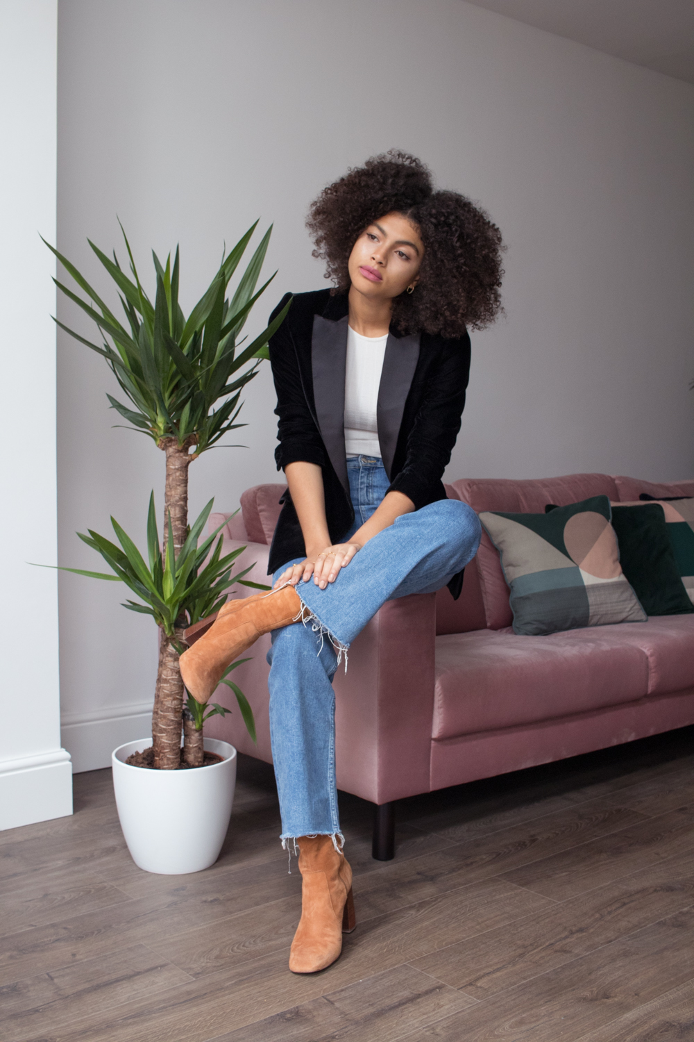 How To Wear Cropped Flared Denim Jean