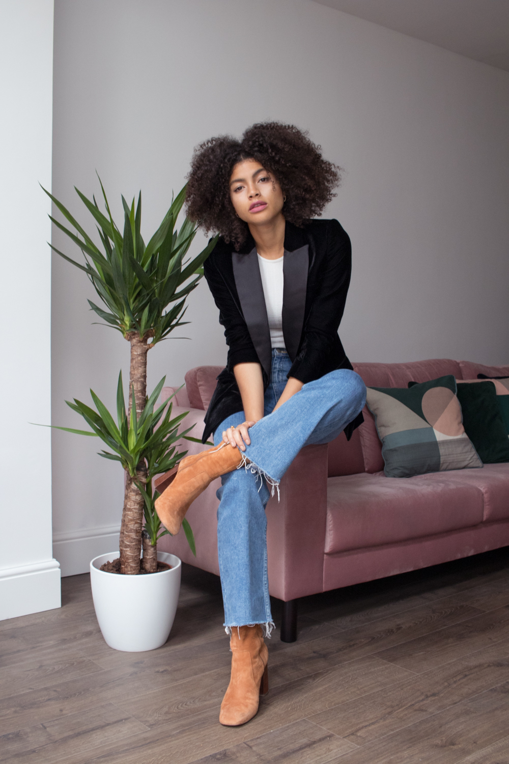 Topshop LFW Black Velvet Tuxedo Blazer and Cropped Denim Flare and Other Stories Jeans Outfit