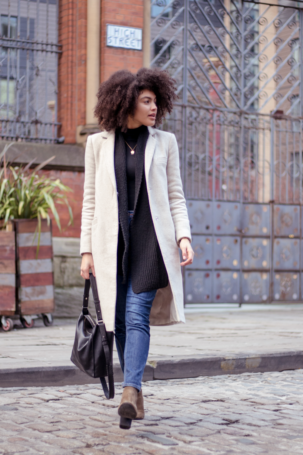 Neutral Tone Winter Outfit Styling