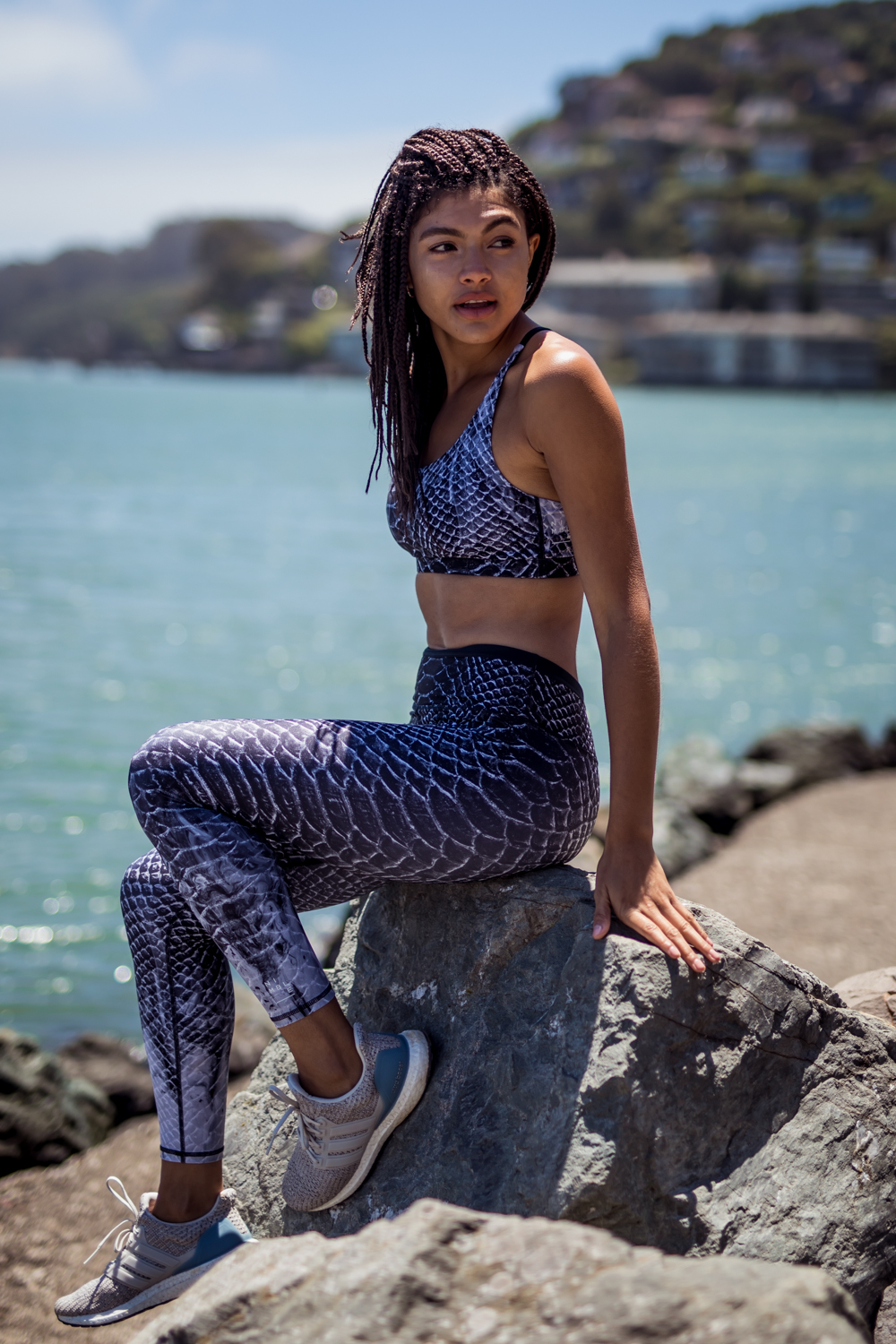 Nimble snake print leggings and sports bra Adidas Ultraboost 4.0