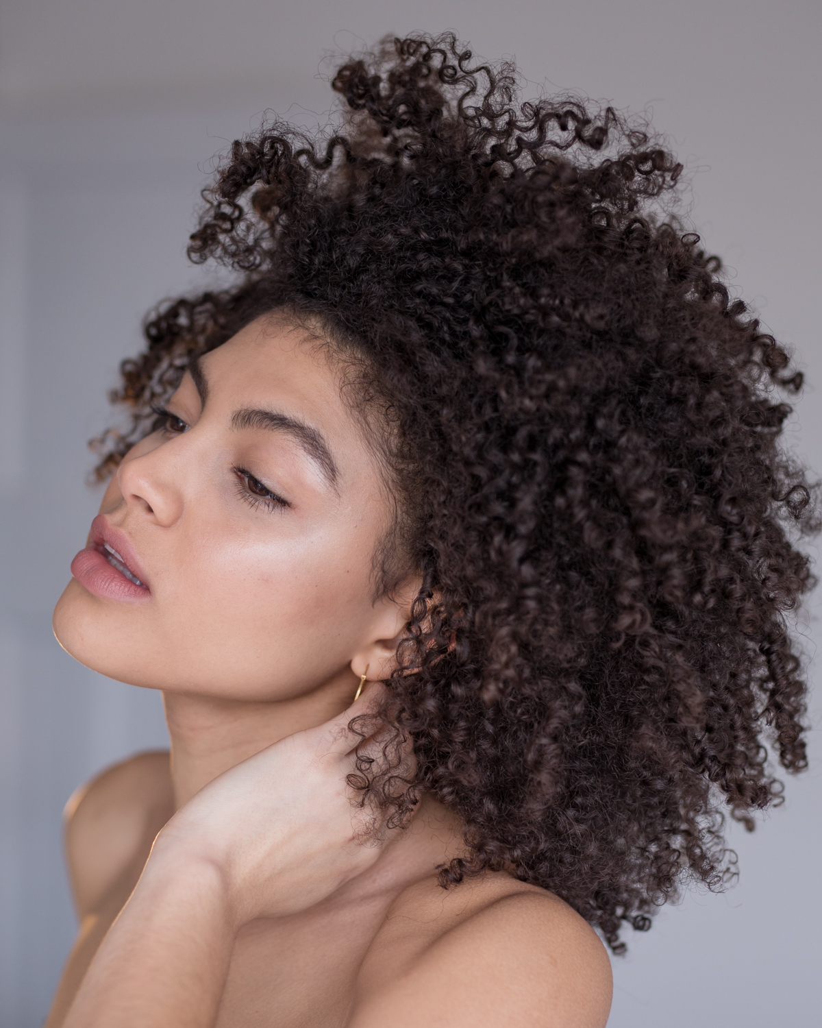 Samio Cult Beauty blogger self portrait afro hair March 2018